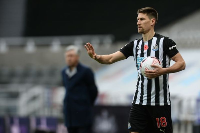 Federico Fernandez tops the Premier League charts after another superb  performance for Newcastle - Chronicle Live