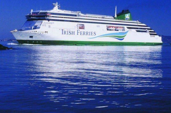 World's largest car ferry Ulysses heads to dry dock for ...