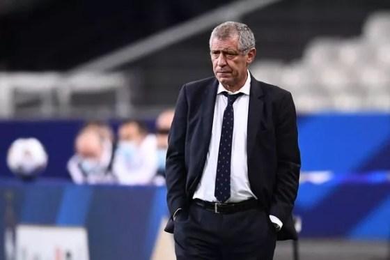 Jose Mourinho bisa menggantikan Fernando Santos di masa depan