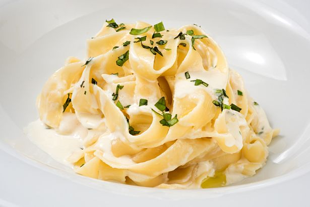 """Kate said her three children regularly helps her to cook one of the family's favourite meals, """"cheesy pasta"""""""