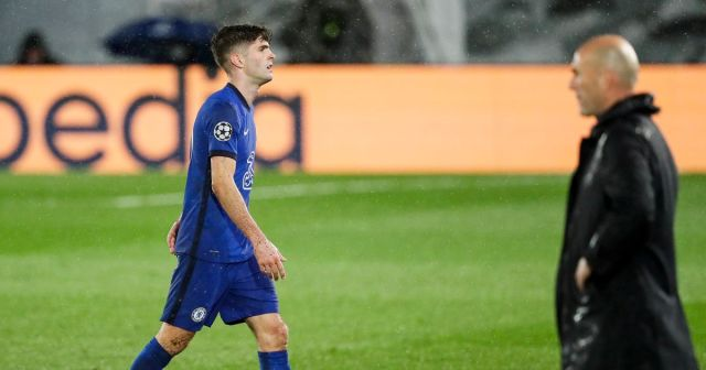 'It's a crime!' - Chelsea fans cannot believe what Thomas ...