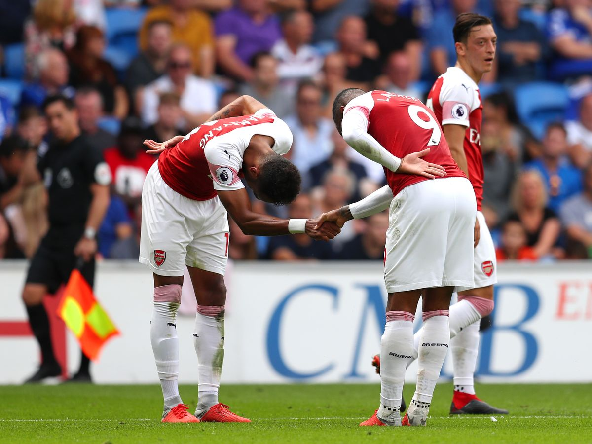 Arsenal fans spotted what Lacazette did for Aubameyang in United win to sum  up their strong bond - football.london