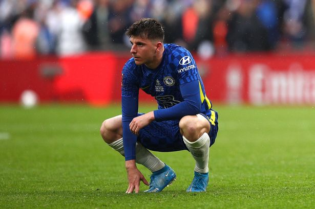 What a joke!' - Angry Chelsea fans cannot believe what has happened to Mason  Mount - football.london