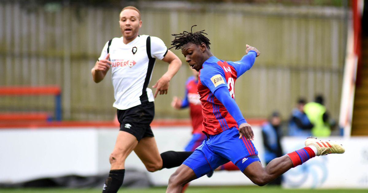Gloucester City signs the former Watford and Aldershot wing of Bristol Rovers