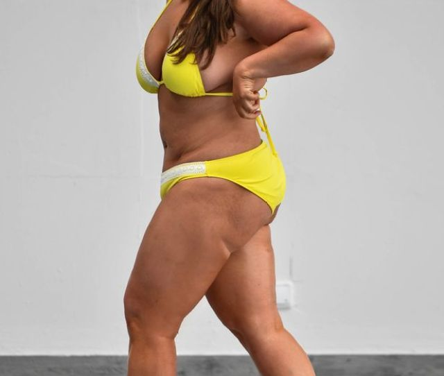 And Shes Well On Her Way Showing Off Her Dramatic Weight Loss In A Tiny Bikini Image Www Icelebtv Com