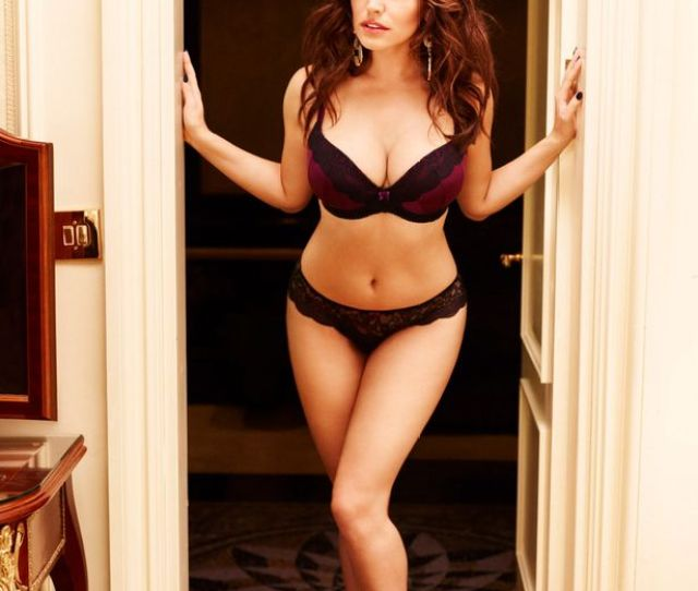 Kelly Brook Is 36 See Her Sexiest Pictures As She Celebrates Her Birthday Irish Mirror Online