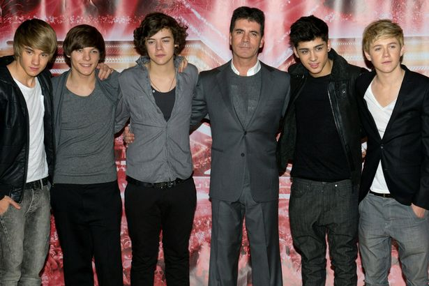 Liam Payne, Louis Tomlinson, Harry Styles, Zane Malik and Niall Horan of 'One Direction' together with Simon Cowell