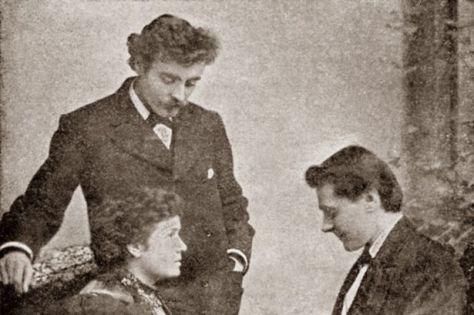 Ida Ellis giving a palm reading circa 1896
