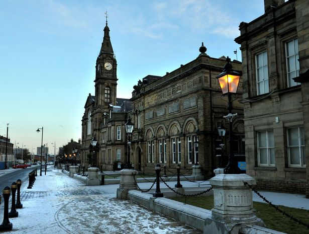 Bootle town hall in the snow; it has now emerged that the Sefton Council has paid £ 87,000 to external consultants in the past 12 months.