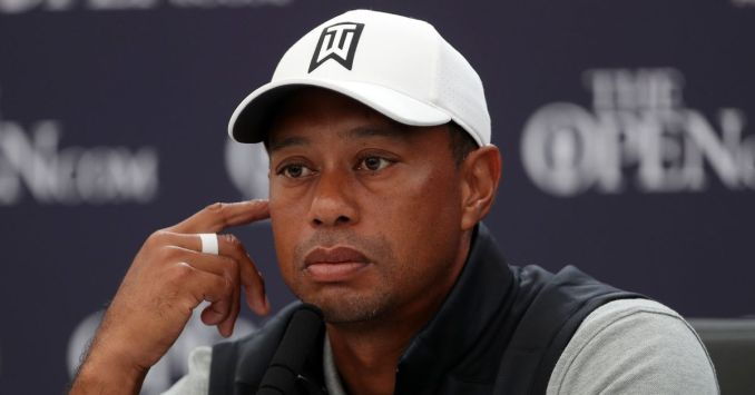 Tiger Woods undergoing surgery after being cut from car