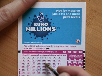 euromillions results and draw live winning numbers for friday february 14 manchester evening news