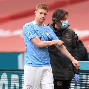 Man City Suffer Injury Blow As Kevin De Bruyne Limps Out Of Chelsea FA Cup  Semi-final - Manchester Evening News