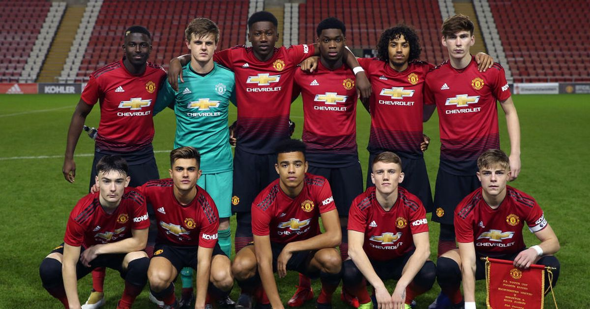 Manchester Uniteds Fa Youth Cup Campaign Was Ended In Disappointing Fashion At The Fourth Round Stage On Monday Night When Brighton Left Neil Ryans Young