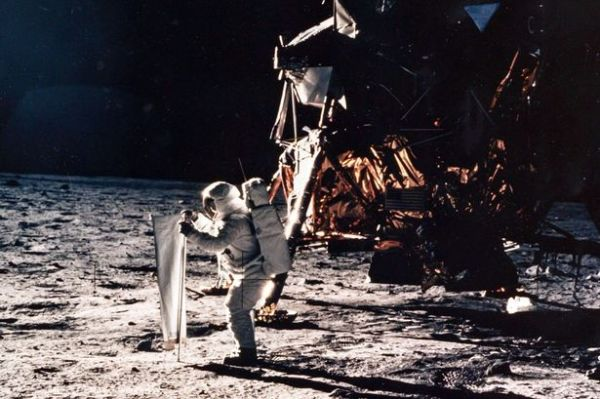 Neil Armstrong's first step on the moon voted most ...