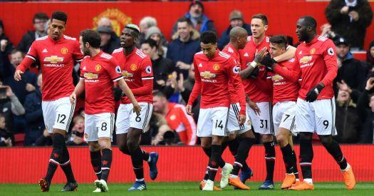 Manchester United 2-0 Swansea: Romelu Lukaku scores 100th ...