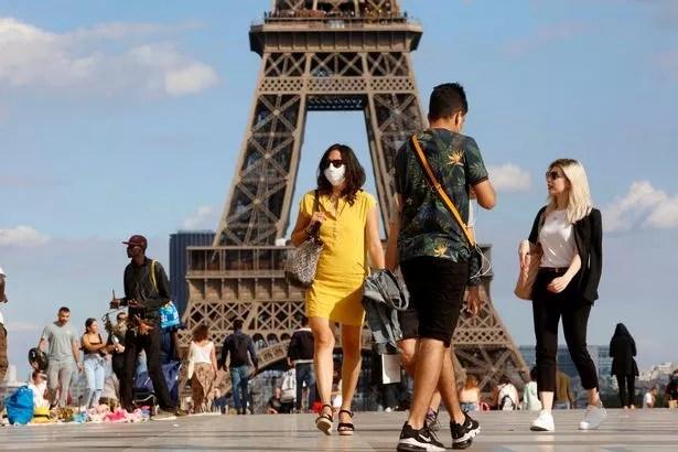 1 Coronavirus In Paris