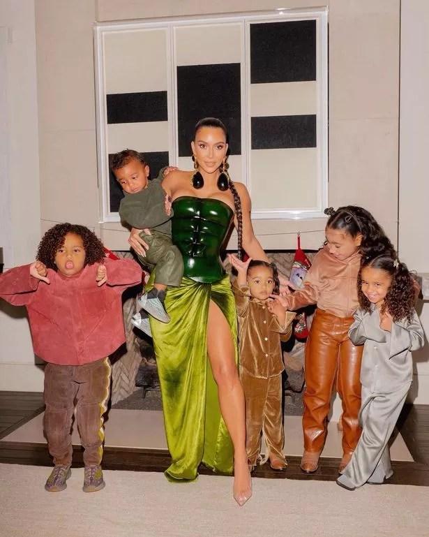 1 Kim Kardashian