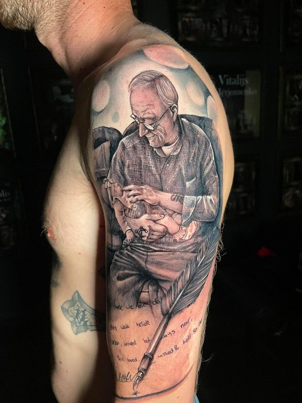 Man spends nine hours getting stunning tribute to grandfather tattooed