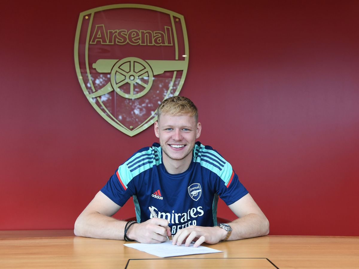 Aaron Ramsdale's Arsenal shirt number confirmed as he completes transfer -  Mirror Online