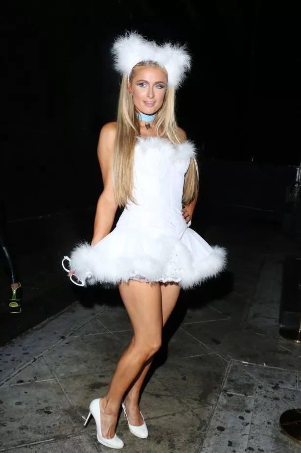 Paris Hilton Dresses As Her Cute Pomeranian Puppy For