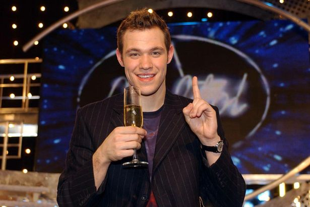 Will Young remporte Pop Idol 2002