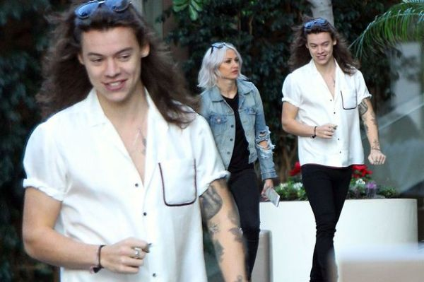 Harry Styles hangs out in Los Angeles after awkward ...