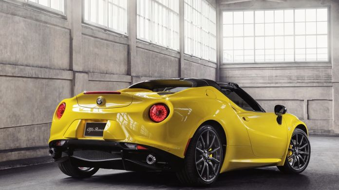 The Alfa Romeo 4c Spider Weaves A Tangled Web Colin Goodwin Mirror Online