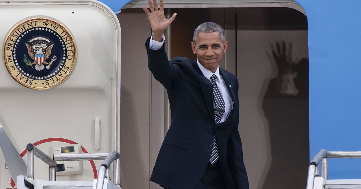 President Barack Obama Breaks With Tradition Using Family