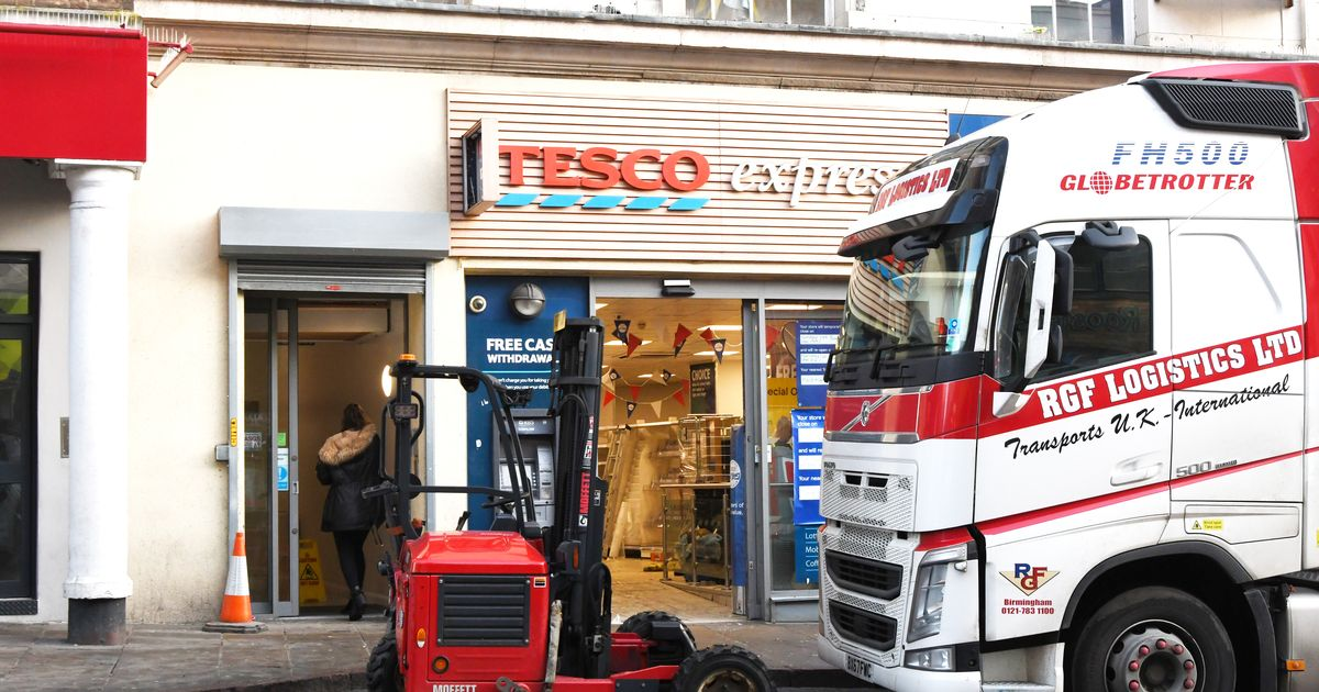 The Tesco Express store in Nottingham city center closes for refurbishment