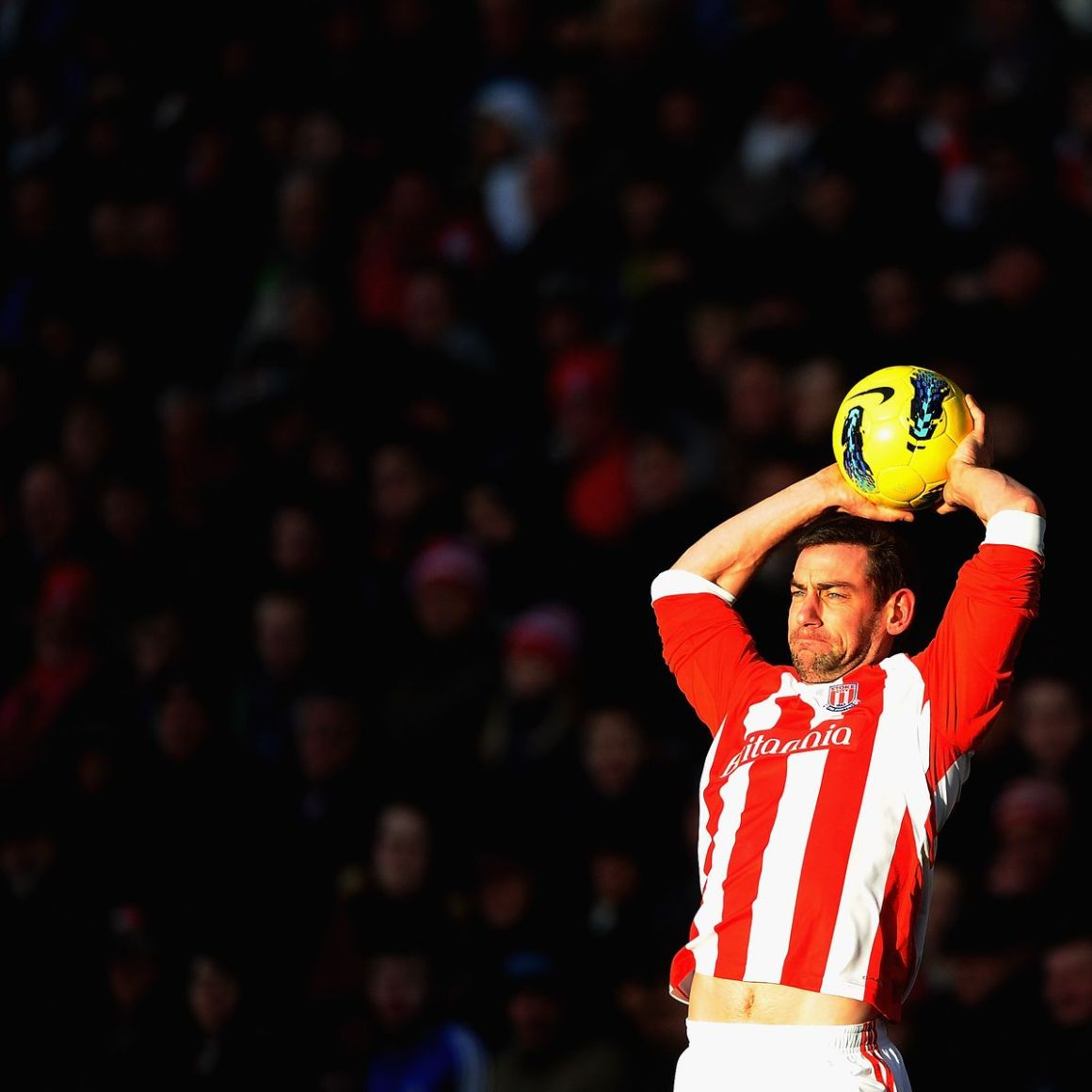 212 beautiful seconds of Rory Delap turning defenders from Arsenal and  beyond into nervous wrecks - Stoke-on-Trent Live
