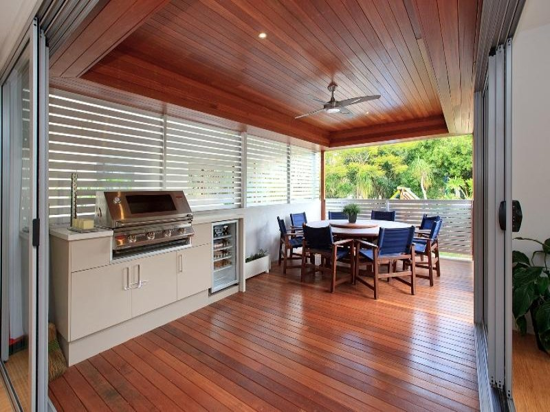 Outdoor living design with balcony from a real Australian ... on Aust Outdoor Living  id=86011