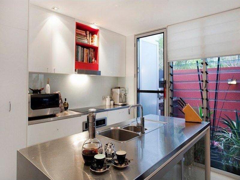 Le cucine per soggiorno moderne sono spesso già dotate di penisola, ossia di un mobile che parte dalla cucina verso il. 37 Idee Per Una Cucina All Americana