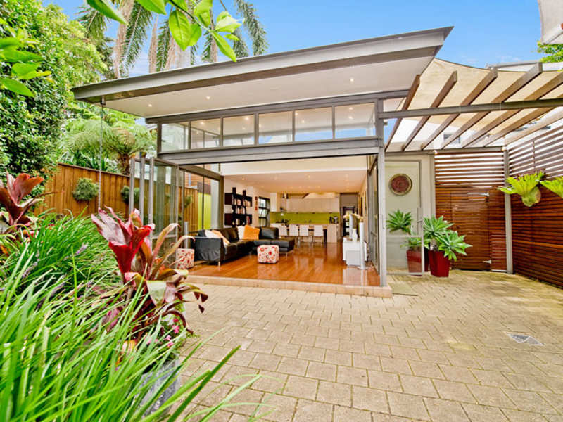 Outdoor living design with deck from a real Australian ... on Aust Outdoor Living  id=15269