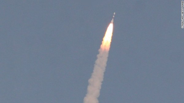 India launches rocket in hope of joining elite Mars