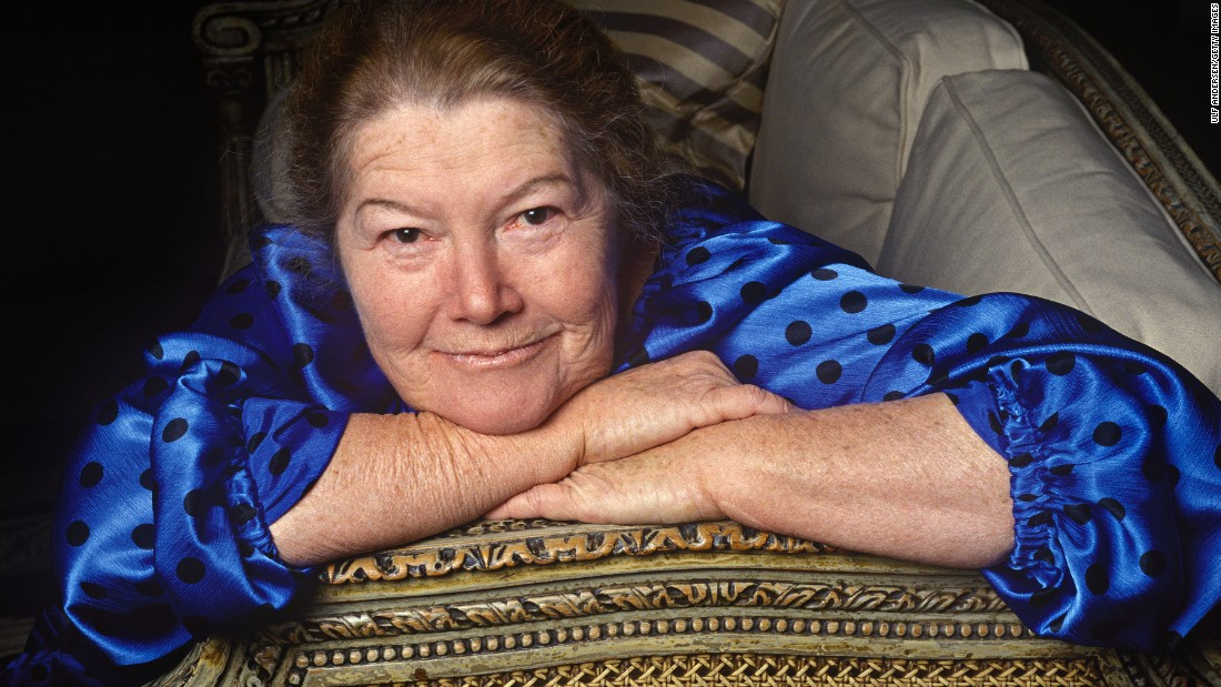 PARIS, FRANCE - APRIL 20. Australian writer Colleen McCullough during portrait session held on april 20, 1997 in hotel room in Paris, France. (Photo by Ulf Andersen/Getty Images)