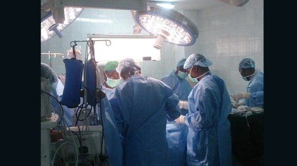 Nigerian hospital live tweets open heart surgery - CNN.com