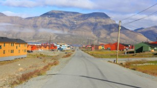 UNIS is based in Longyearbyen, a Norwegian community of 2,000 residents in the de-militarized Svalbard archipelago. Russia is the only other country to have a permanent settlement in this region.