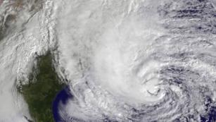 How are hurricanes named?