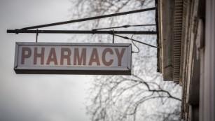 Meningitis outbreak: What is a compounding pharmacy?