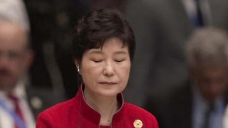 s korea president scandal unprecedented dos santos steve chung intv_00004409