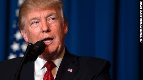 Trump privately signs anti-Planned Parenthood law