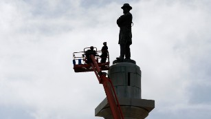 Final Confederate statue comes down in New Orleans