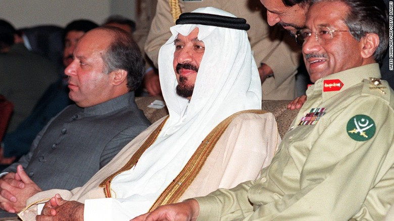 Sharif, left, with Saudi Crown Prince Sultan bin Abdul-Aziz, center, and Pervez Musharraf in 1999.