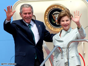 President Bush celebrated his birthday on Air Force One with first lady Laura Bush and White House staff members.