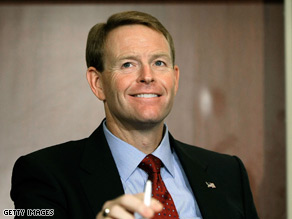 Family Research Council President Tony Perkins reacted to Palin's daughter's pregnancy Monday.