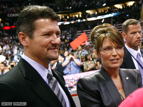 Todd Palin agreed to answer written questions in the trooper probe .