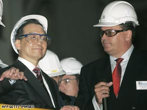File photo of Chinese Premier Wen Jiabao on a 2006 tour of a Rio Tinto plant in Western Australia.