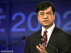 U.S. Commerce Secretary Gary Locke urges for greater transparency in China.