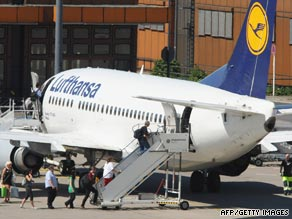 Travelers choosing Lufthansa could pick up compensation for bad weather at their vacation destination.