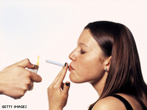 Smokers with high levels of a carcinogen byproduct (NNAL) are at higher risk of developing lung cancer.